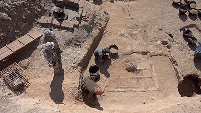 Un equipo arqueológico español ha descubierto en el sur de Egipto un jardín funerario de hace casi 4.000 años perteneciente al Imperio Medio (1.980-1790 a.C.), ha informado el Ministerio de Antigüedades de Egipto.Cerca de la ciudad de Luxor, en la zo