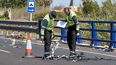 Dos ciclistas muertos y tres heridos al ser arrollados por un vehículo en Oliva