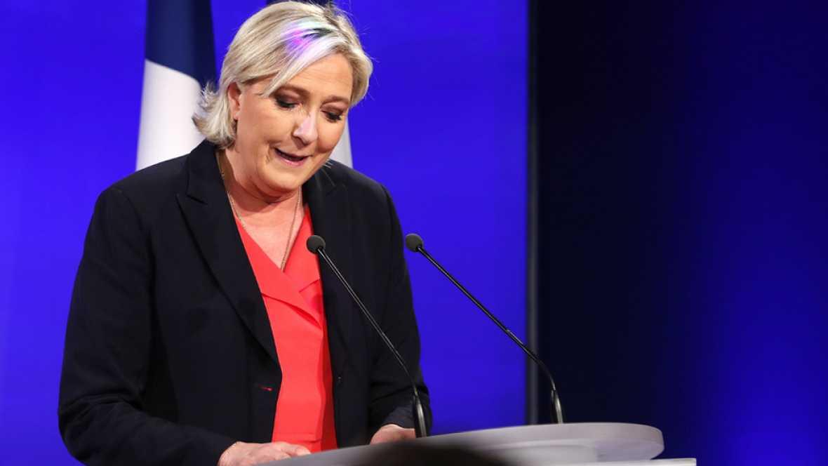 """Le Pen propone transformar el Frente Nacional para crear """"una nueva fuerza"""""""