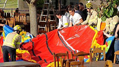 El castillo hinchable que salió volando en un restaurante de Girona pudo perder aire por una cremallera mal cerrada