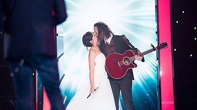 Fantastic Duo - De su boda a plató, Susana y Javier aparecen vestidos con sus trajes de novios