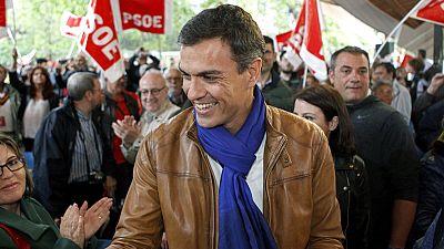 El programa de Pedro Sánchez marca distancia con Podemos