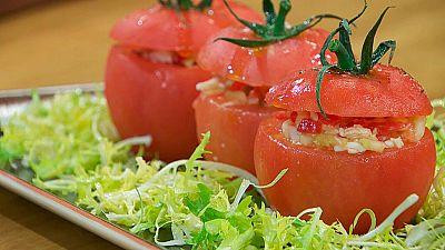 Torres en la cocina - Tomates rellenos de marisco
