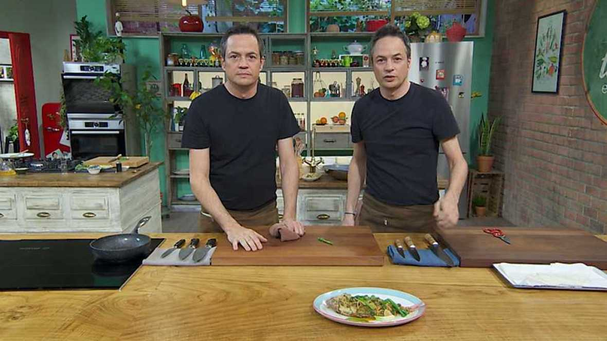 Torres en la cocina - Tomates rellenos y pescado picante - ver ahora