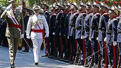 Defensa duplica el presupuesto y retoma los desfiles aéreos el Día de las Fuerzas Armadas