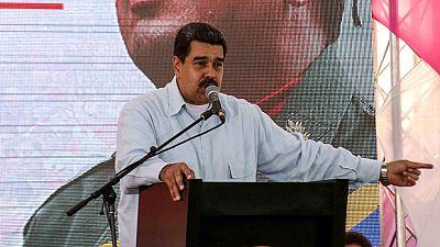 Maduro ha acusado a Rajoy de permitir una agresión contra su embajador