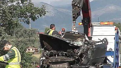 Tres jóvenes muertos y una menor herida en un accidente de tráfico en Madrigal de la Vera