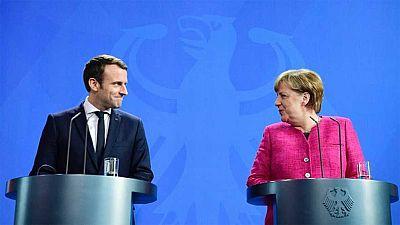 Angela Merkel recibe a Emmanuel Macron