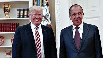 Trump se defiende tras revelarse que compartió información confidencial con Rusia