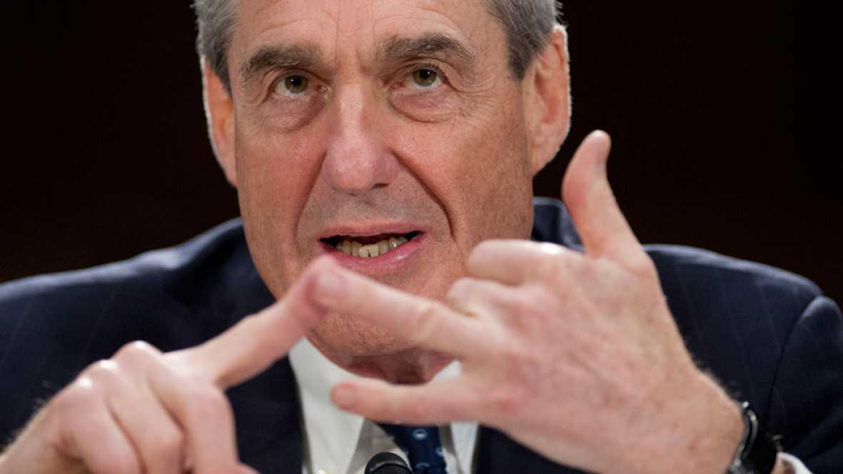 Robert Mueller, ex director del FBI, es nombrado fiscal especial en EE.UU. para investigar la trama rusa