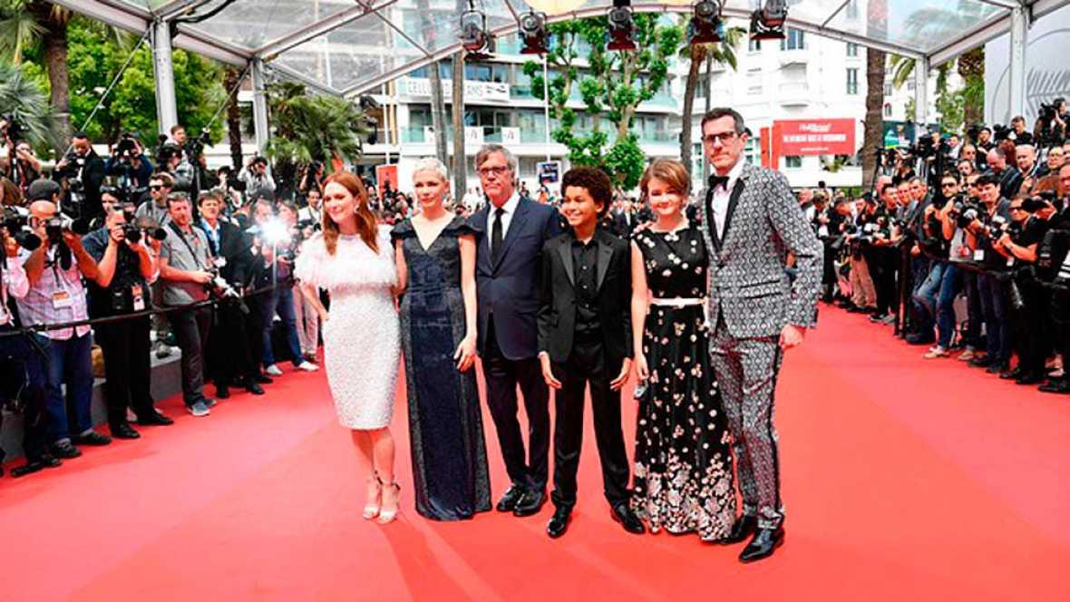 Guiños a lo superficial para atraer un cine de altos vuelos en Cannes