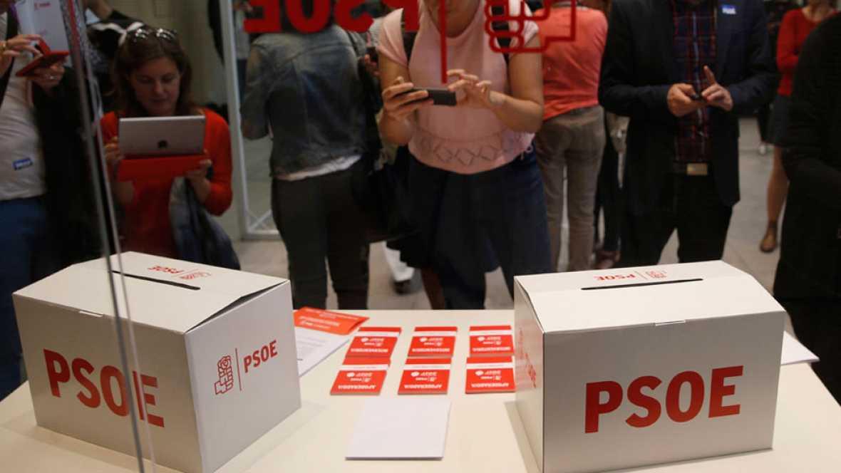 Los tres candidatos a dirigir el PSOE están de acuerdo en rechazar la moción de censura de Podemos