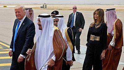 Donald Trump llega a Riad en su primera gira internacional
