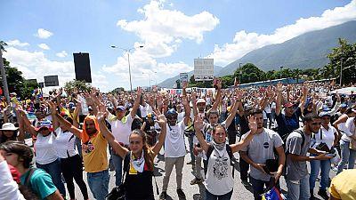 Multitudinaria manifestación de la oposición venezolana