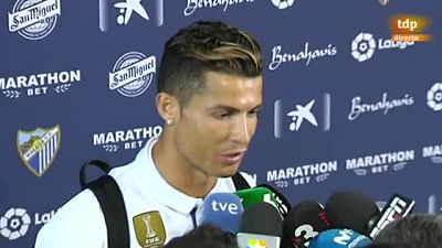 """Cristiano Ronaldo, delantero del Real Madrid, aseguró este domingo, después de proclamarse campeón de la Liga española, que conseguir el título en la última jornada """"sabe mucho mejor""""."""