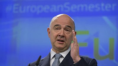Bruselas pide a España que tome medidas para fomentar la contratación indefinida