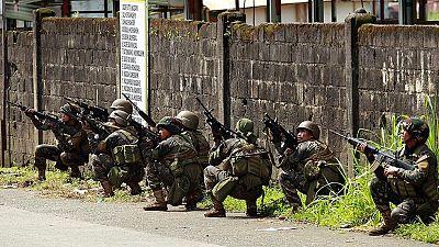El Ejército filipino intenta recuperar una ciudad tomada por un grupo yihadista fiel al Estado Islámico