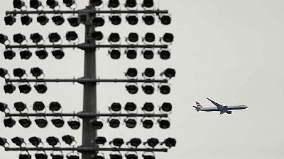 Segundo día de caos para muchos pasajeros de British Airways