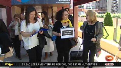 Bebés robados, peticiones al Parlamento