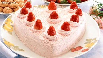 MasterChef 5 - Elena asigna la tarta del amor a Nathan y la erótica Jordi
