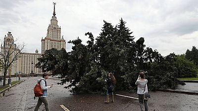 El peor temporal en un siglo deja 16 muertos en Moscú