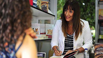 Cada fin de semana la feria del libro de Madrid se convierte en un escaparate para los autores de bestsellers