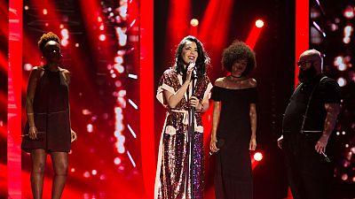 """Fantastic Duo - Beatriz Luego interpreta en directo su tema """"Más que suerte"""""""