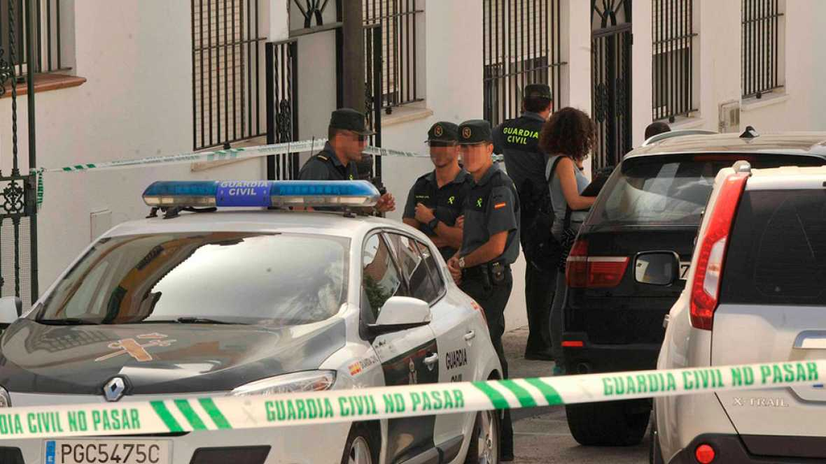 Detenido por matar a su bebé en Cádiz y agredir a la madre