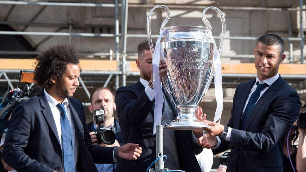 Los capitanes ofrecen la Champions a la afición