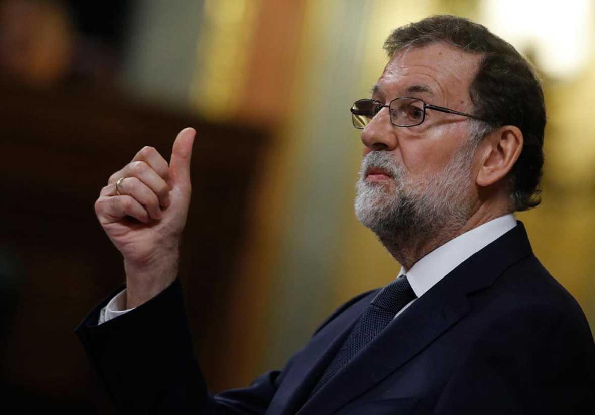 """Rajoy califica la moción de censura de """"parodia y farsa"""""""