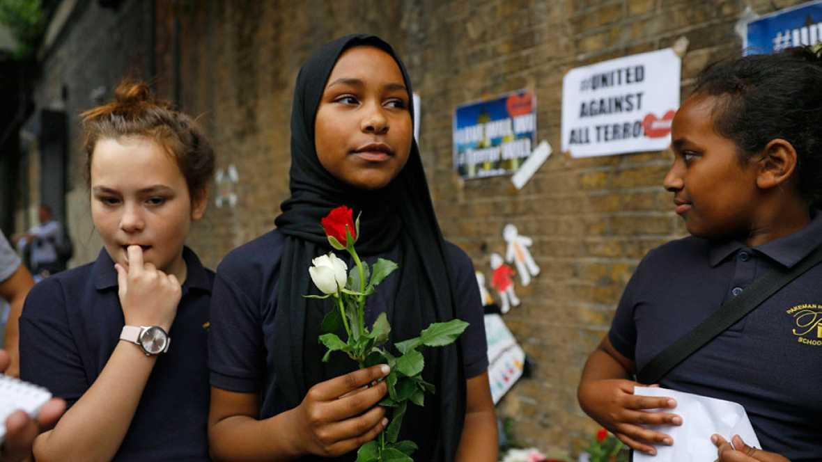 La investigación sobre el ataque terrorista contra fieles musulmanes en Londres sigue abierta
