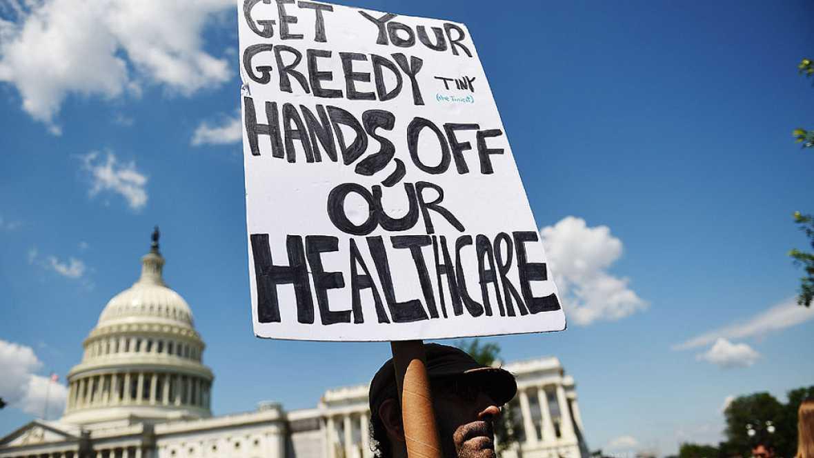 """Obama condena el """"mezquino"""" plan republicano para sustituir su ley de salud"""
