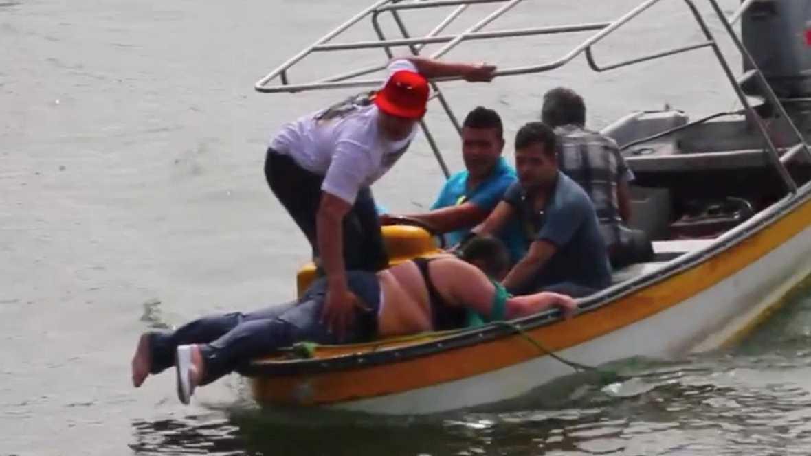 En Colombia, siguen desaparecidas 31 personas tras el naufragio de una embarcación turística en la localidad de Guatapé y que, ha costado la vida a otras 6.