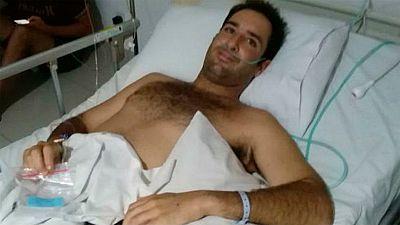 Cristian, el surfero con leucemia atrapado en Bali, logra volver a España