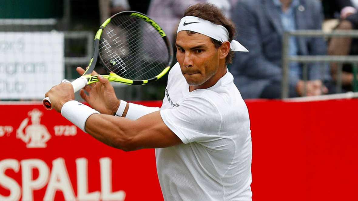 Rafa Nadal, numero dos del mundo será cuarto cabeza de serie en Wimblendon tras Murray, Djokovic y Federer. El tenista suizo ha conquistado este fin de semana el torneo de Halle y con siete títulos es el gran favorito para llevarse el tercer gran sla