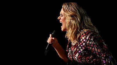 El público de Londres se quedó de nuevo sin ver a Adele en directo
