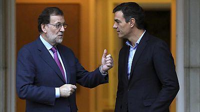 El presidente del Gobierno, Mariano Rajoy, ha recibido en el Palacio de la Moncloa al secretario general del PSOE, Pedro Sánchez, en un encuentro que ha comenzado pasadas las 11:00 horas y que es el primero entre ambos en esta legislatura.Aunque la c