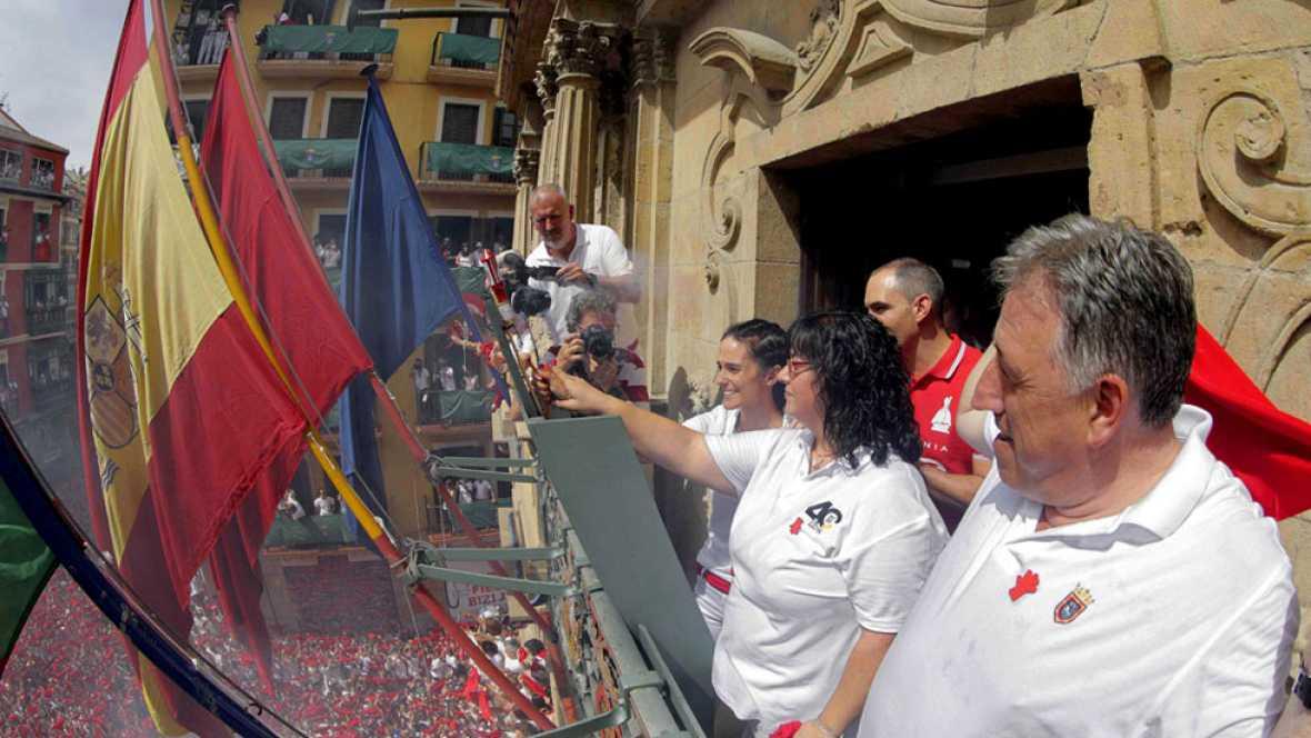 El chupinazo da la bienvenida a los Sanfermines 2017
