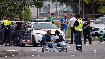 Detenido un hombre por disparar a dos policías locales en Gavá, Barcelona