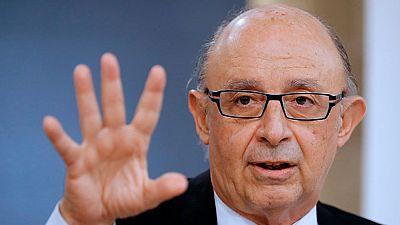 Aprobada la rebaja del déficit de las autonomías con el voto de Canarias y la abstención de Extremadura