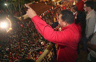 Chávez consigue el 'sí' en el referendo