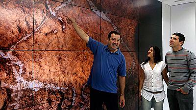 Hallan en una cueva del País Vasco unos grabados paleolíticos únicos en la Península