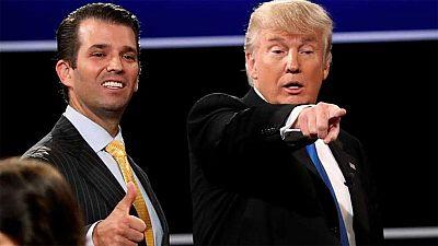 El hijo de mayor de Donald Trump ha asegurado en una entrevista con la cadena estadounidense Fox News que en ningún momento informó a su padre de la reunión con una abogada rusa que le iba a proporcionar información dañina sobre Hillary Clinton y en