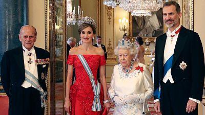 La familia real británica al completo agasaja a Felipe y Letizia en una cena de gala muy española en Windsor