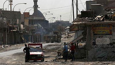 El Ejército iraquí patrulla la ciudad vieja de Mosul en busca de los últimos yihadistas del Daesh
