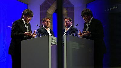 Puigdemont releva a tres consejeros y se rodea de fieles para avanzar hacia el referéndum.