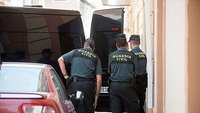 Un hombre mata presuntamente a su mujer con un hacha en Granada y después se suicida