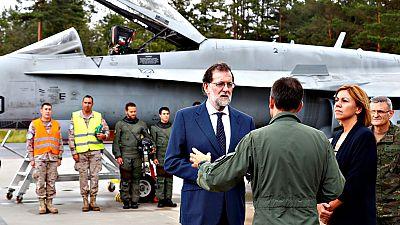 Rajoy visita a las tropas españolas desplegadas en Estonia
