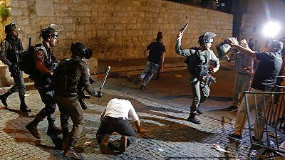 Tercera jornada de enfrentamientos en la explanada de las mezquitas en Palestina