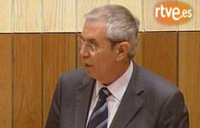 El socialista Emilio Pérez Touriño es elegido en julio de 2005 presidente de la Xunta de Galicia.